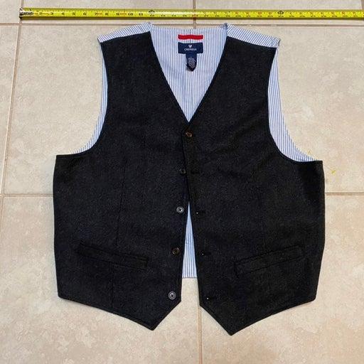 Large Cremieux men's vest grey