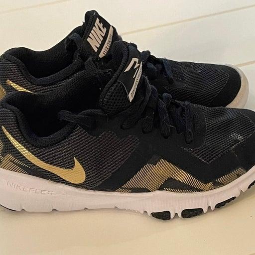 Nike Boys Shoes Size 13