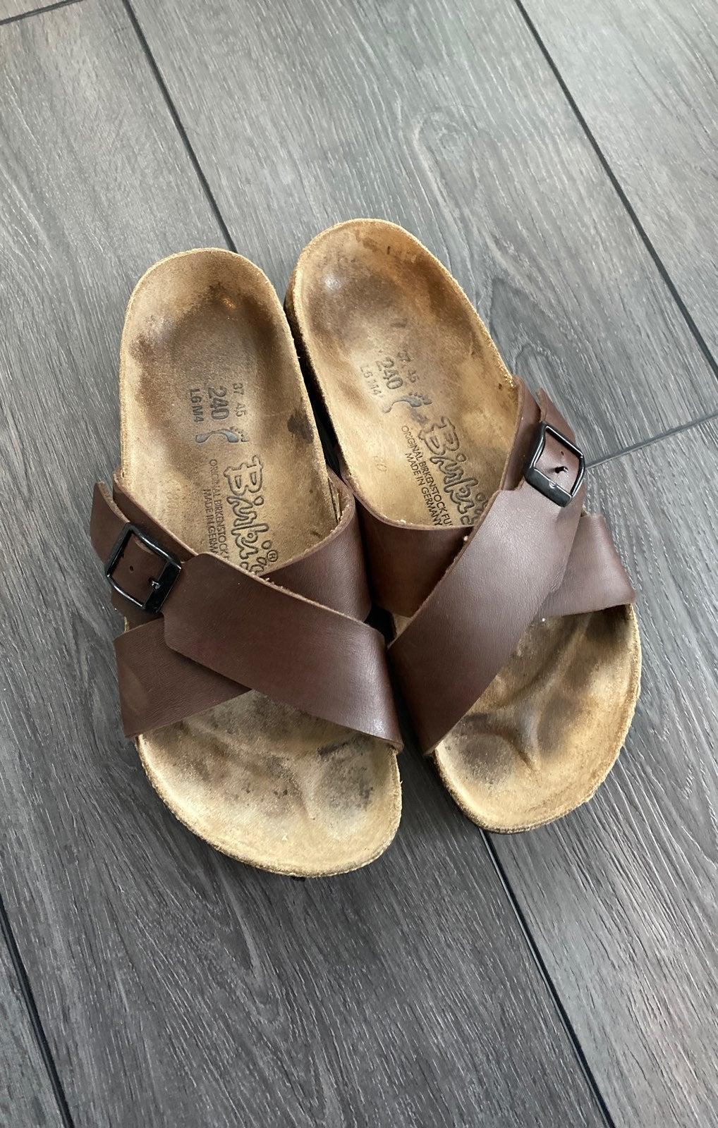 Vintage Brown leather Birkenstocks 37