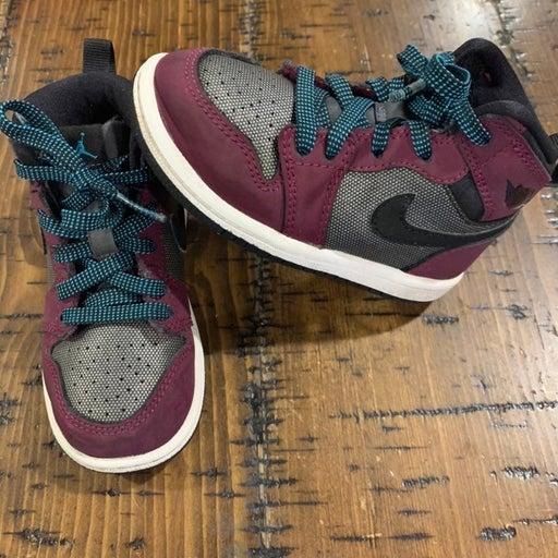 Nike Air Jordan Retro High Tops size 7c