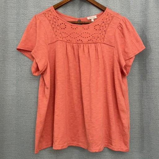 Ella Moss coral colored top - size large