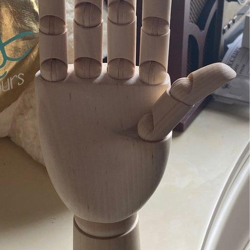 Art hand model