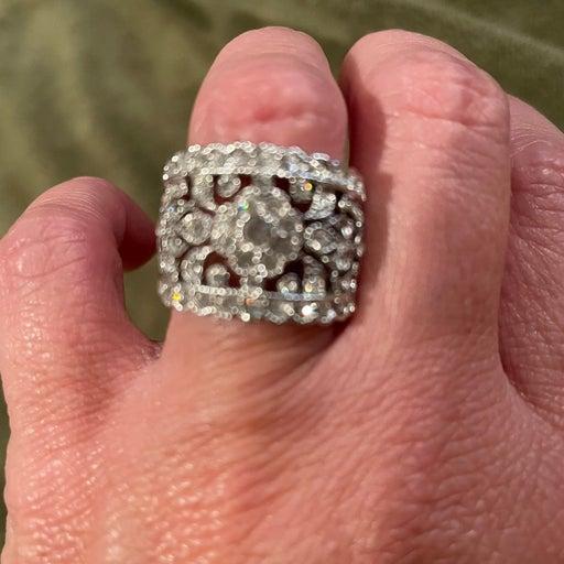 Premier ring