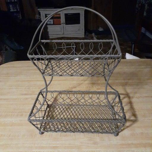 Metal 2 tier basket