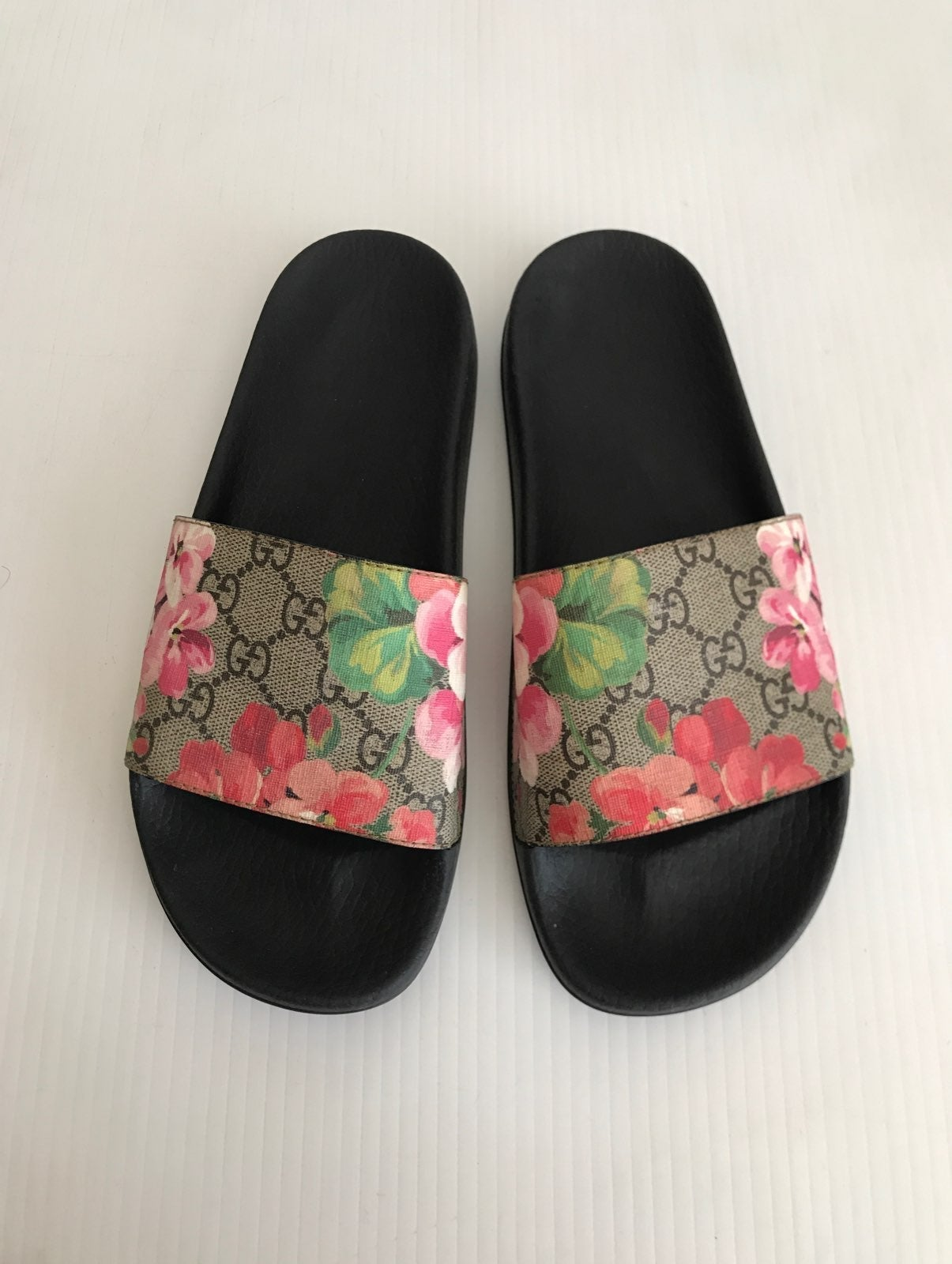 Gucci GG Bloom Pursuit Slide Sandal 39