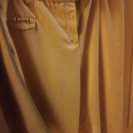 2 Pair Capri Slacks Size M 6