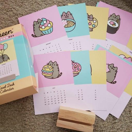 Pusheen box 2020 winter easel calendar