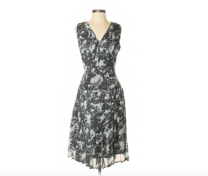 HALOGEN Pintucked Floral Midi Dress Gray