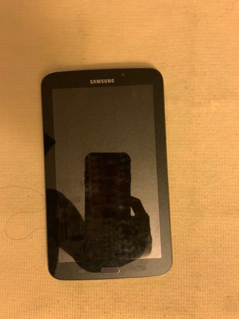 Samsung Galaxy Tab A 16GB in Black