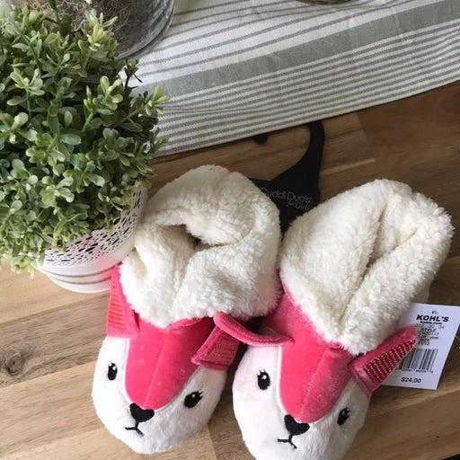 Girls cuddle duds fox slippers 11-12 NWT