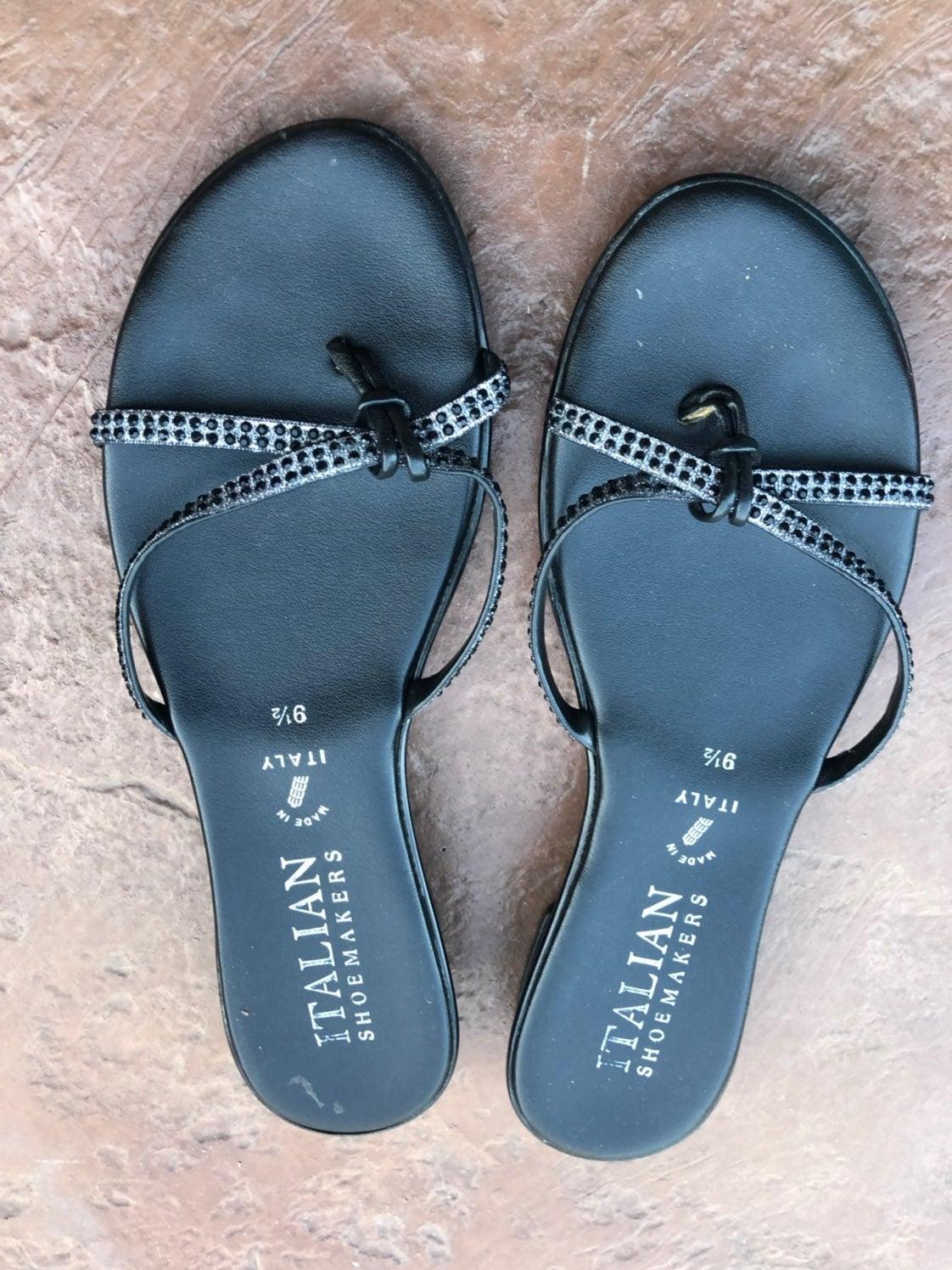 Sandals size 9.5