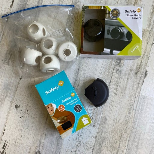 Safety 1st Baby Proofing Various Items