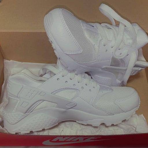 Nike huaraches run