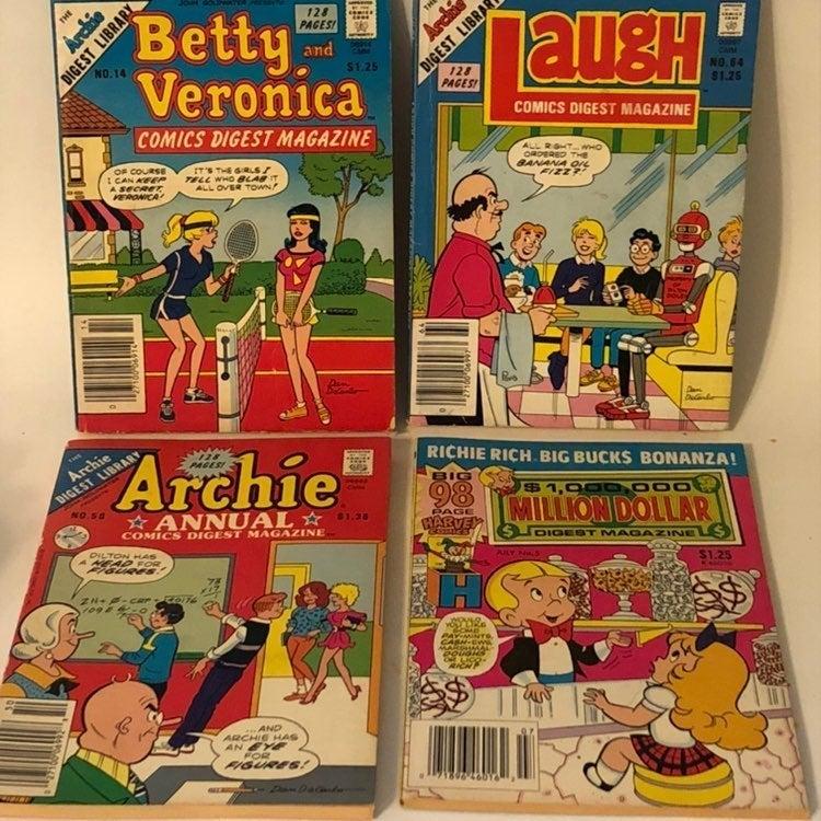 Four Vintage Archie & Richie Rich Comic