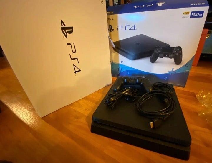PlayStation 4 Console Bundle PS4