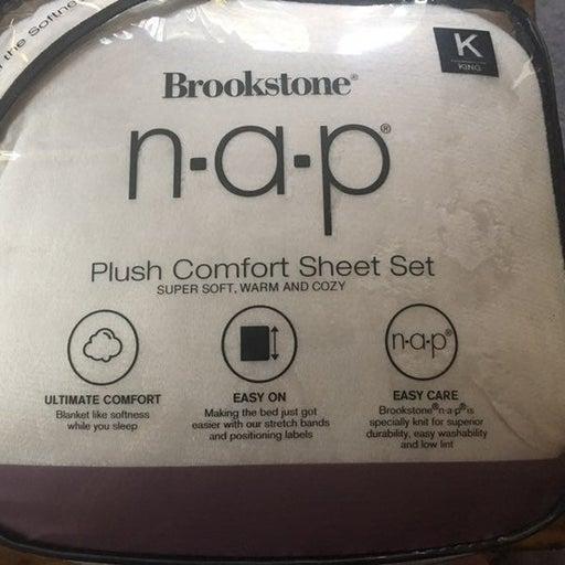 Brookstone NAP king size sheet set