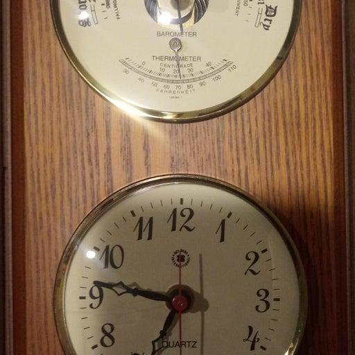 Qaurts Brass clock Baro/thermo/oak wood