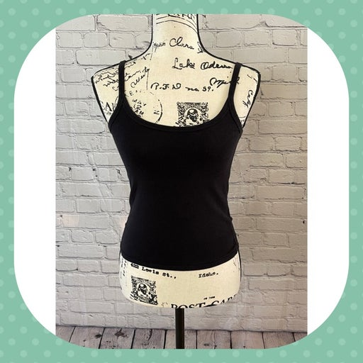 Forever 21 Black Cropped Tank (Size S)