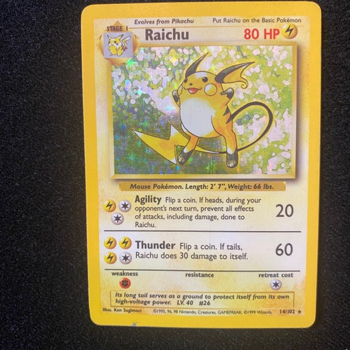 Raichu holo base set pokemon