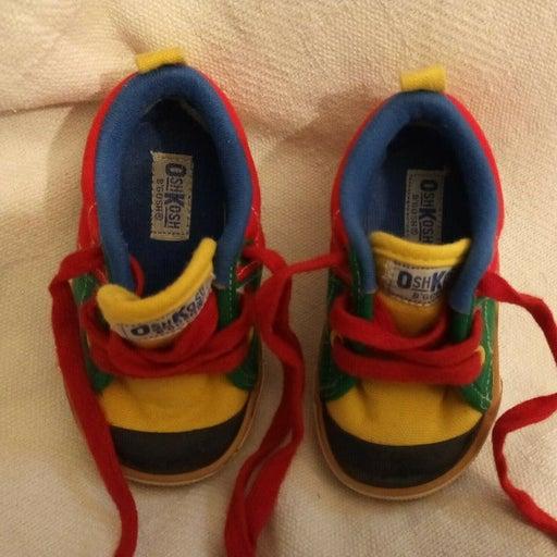 Size 3 1/2 Vintage 1993 Boys Shoes by Osh Kosh B'Gosh