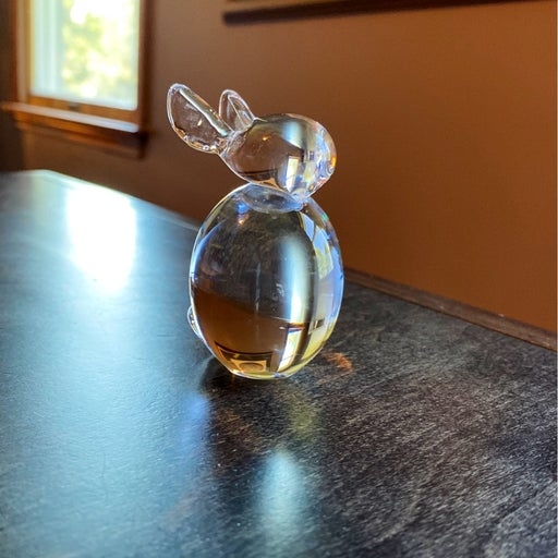 Solid crystal rabbit