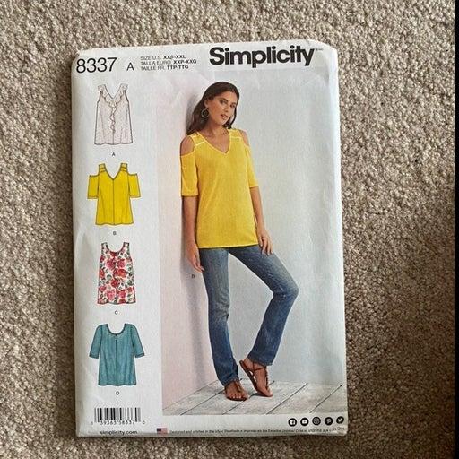 Simplicity Top Sewing pattern 8337 Uncut