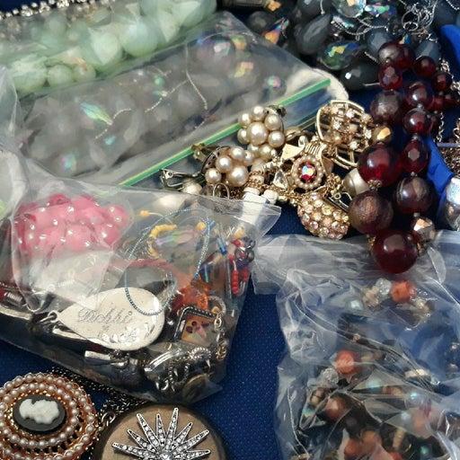 vintage jewelry broken piece craft