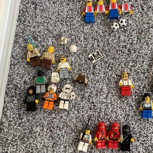 Lego Minifigure Lot (massive)