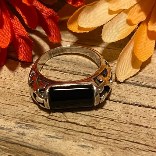 Premier Designs black onxy ring