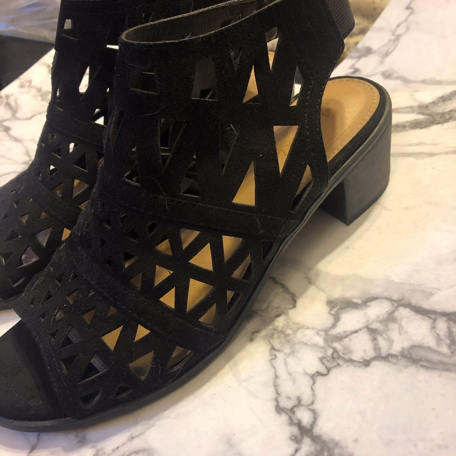 American Eagle black opened toed size 7