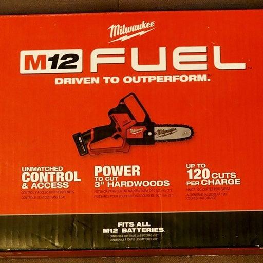 "Milwaukee M18 Fuel Hatchet 6"" Pruning Sa"