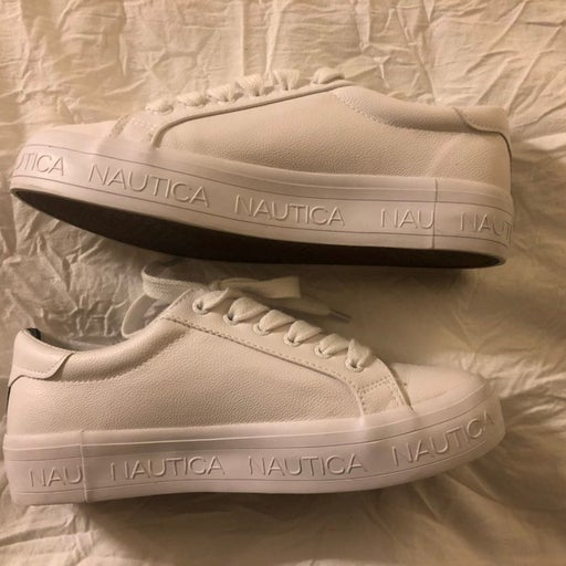 Nautica withe sneakers