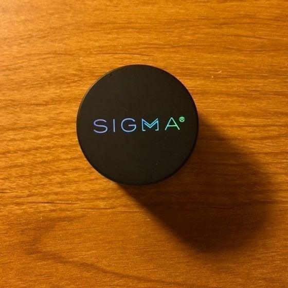 Sigma Define and Pose Brow Pomade Dark