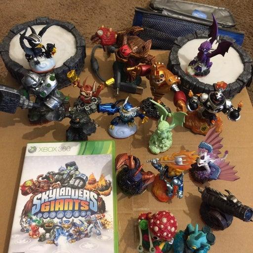 Skylanders: Giants Xbox 360 LOT