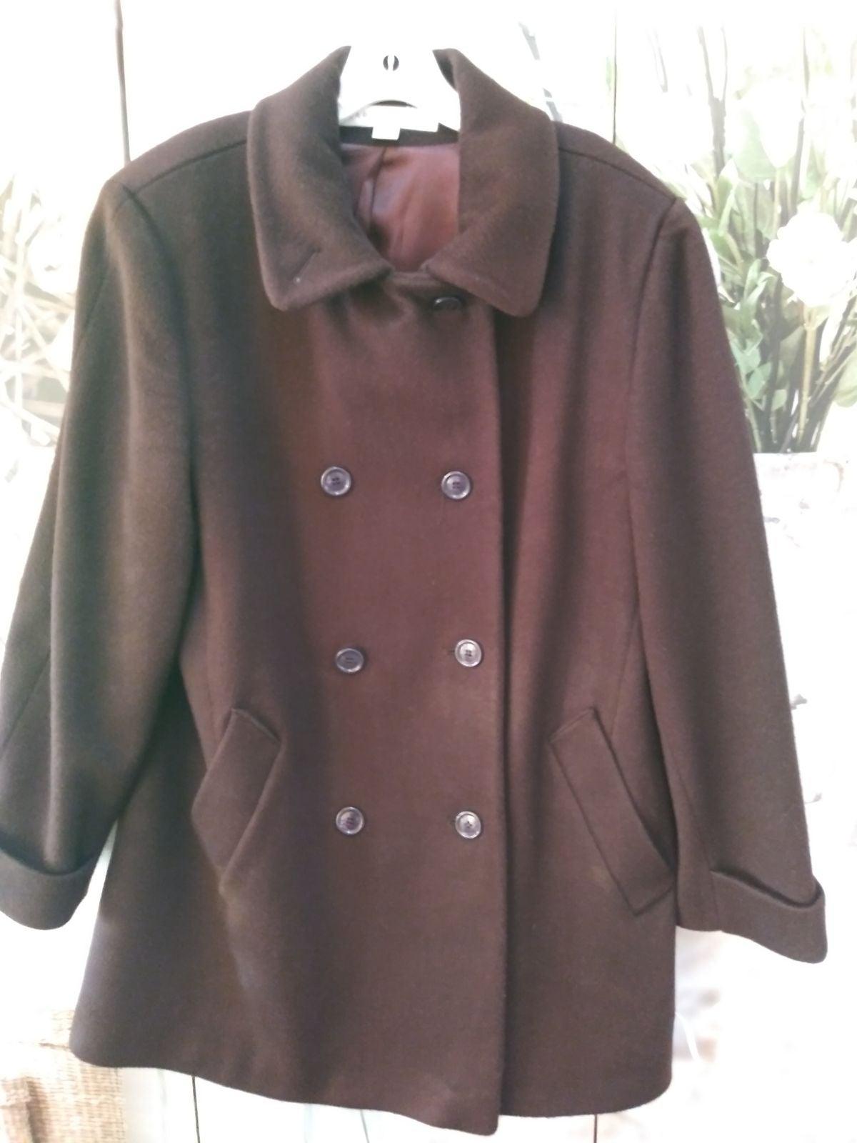 Larry Levine Skirt Suit Sz.12 (LNC)