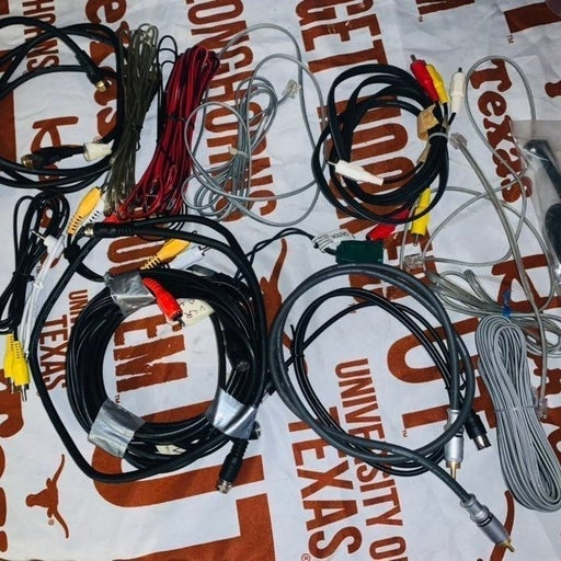 Cable/tv accessories