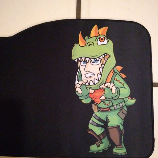 Fortnite gamer plug mouse pad