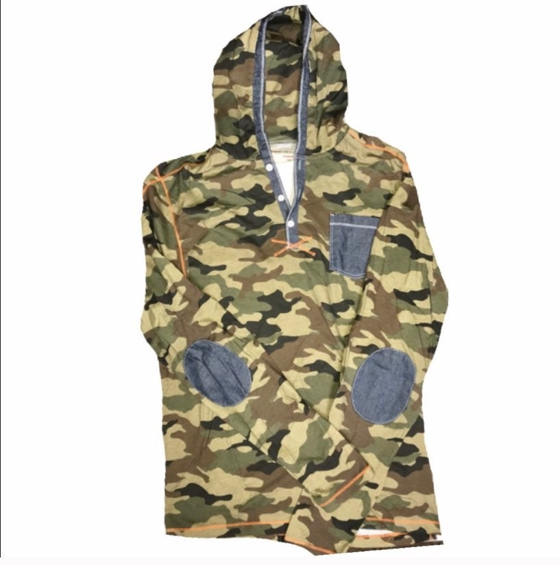 No regrets camo hooded long sleeve