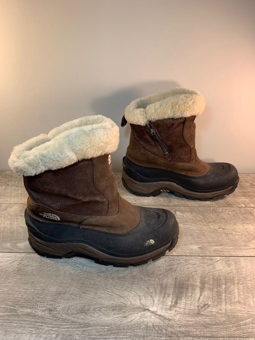 North Face Chilkat Mens Winter Boots 10