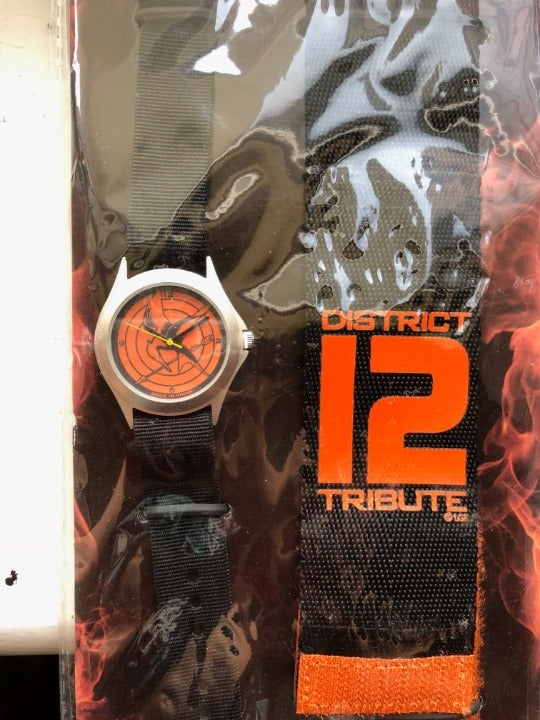 The Hunger Games District 12 Watches! 2