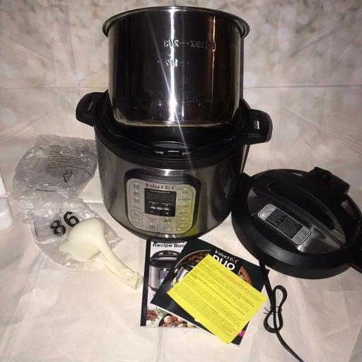 Instant Pot Duo Pressure slow cooker 8