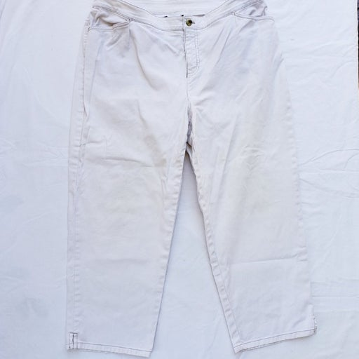 Jones New York White Cropped Jeans - Women's 14W