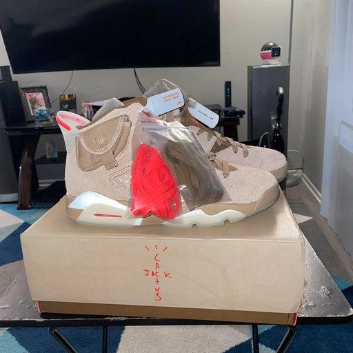 Nike Air Jordan 6 Retro Shoe