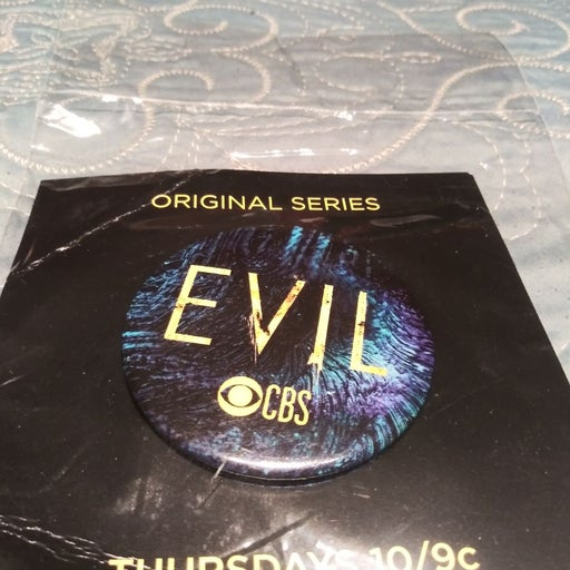 NYCC2019 CBS Evil Pin