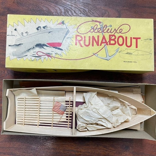 Vintage model wood boat 50/60s runabout