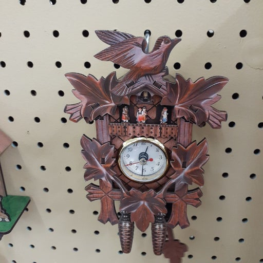 Small cukoo clock