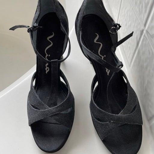 Nina heels size 7.5