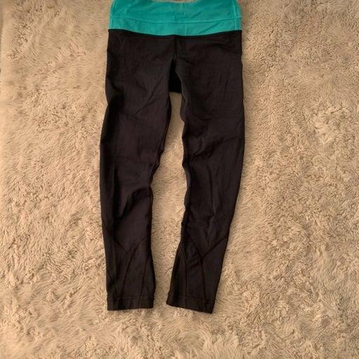 Lululemon cropped leggings size 2
