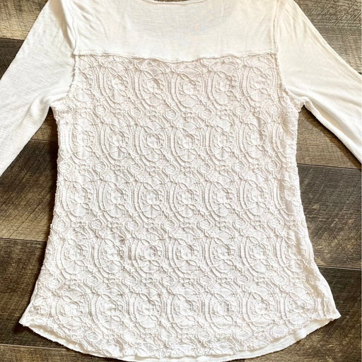 Soft Surroundings Ivory Top with Crochet Back