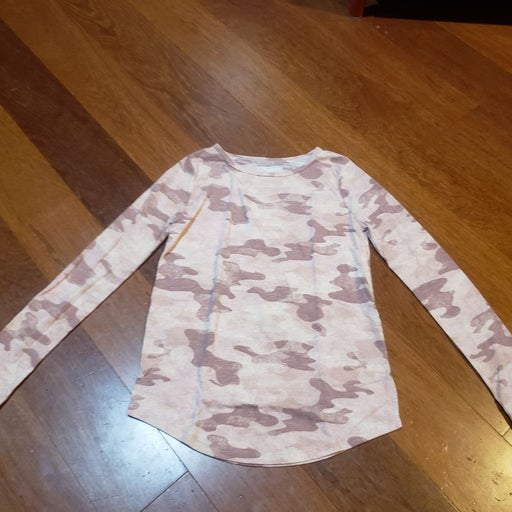 Mudd pink camo top size xxs